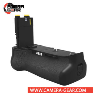Battery Grip for Canon 7D Mark II, Meike MK-7DR II offers both extended battery life and a more comfortable grip when shooting in the vertical orientation. The grip accepts two LP-E6 / LP-E6N batteries to effectively double the battery life for long shooting sessions. Wireless remote control included
